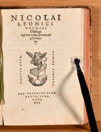 1532 De Varia Historia Libri Tres Dialogi